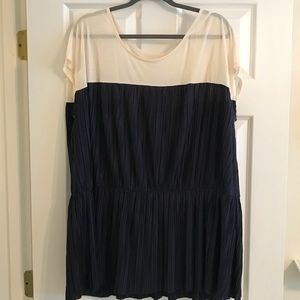 Short sleeve navy and cream blouse